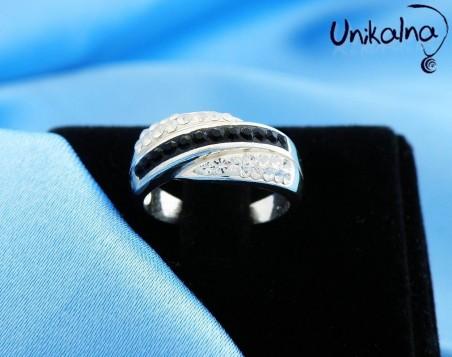 B&W STYLE - сребърен пръстен с кристали Swarovski