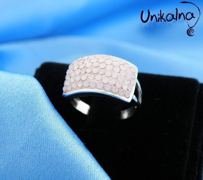 ROSE OPAL - сребърен пръстен с кристали Swarovski
