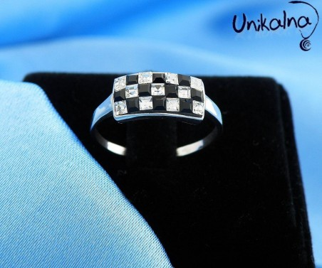 B&W squares - сребърен пръстен с кристали Swarovski