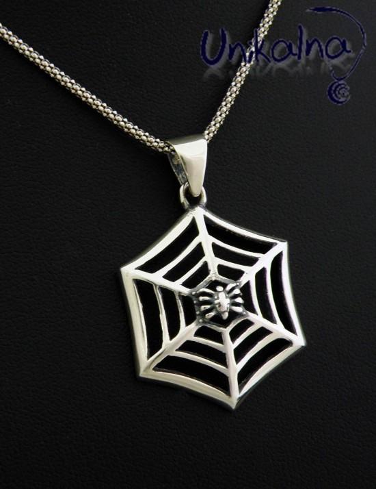 Spider - сребърна висулка