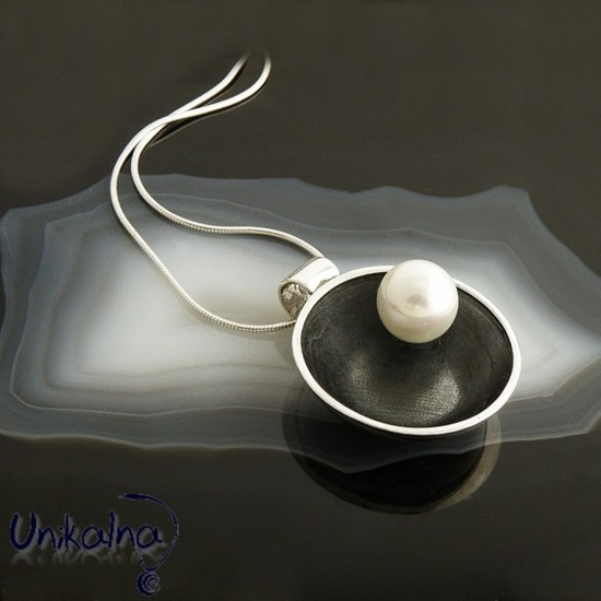 Сребърна висулка Patina Pearl