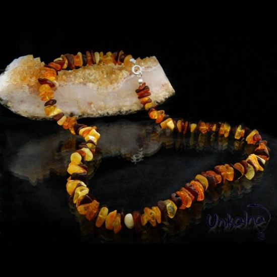 AMBER NECKLACE - колие от...