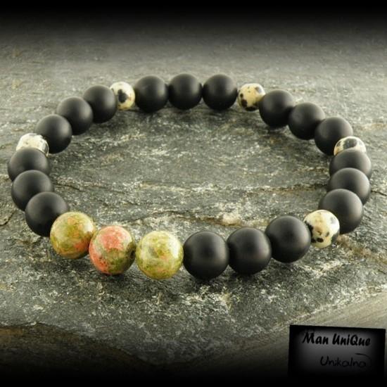 Гривна от естествени камъни...